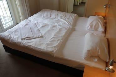 Schlafzimmer 2 Ferienwohnung 4 Villa Celia