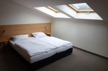 Schlafzimmer 2 Doppelbett 180 cm * 200 cm Wohnung 13
