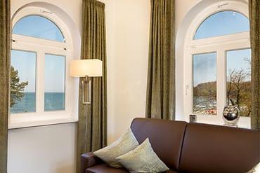 Der Wohnbereich befindet sich im Türmchen mit fantastischem Ausblick auf die Ostsee.