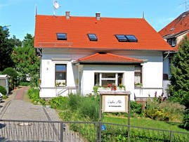 """Die beiden Ferienzimmer unseres Ferienparadieses """"Usedom Ahoi"""" befinden sich in der oberen Etage des Wohngebäudes Ihrer Gastgeberfamilie."""