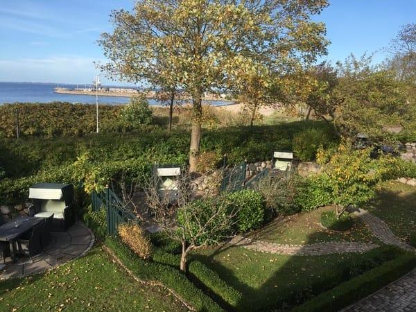 separierte Sitzgruppen im Garten