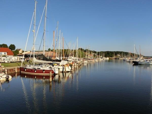 Seegelboot auf den Selliner See