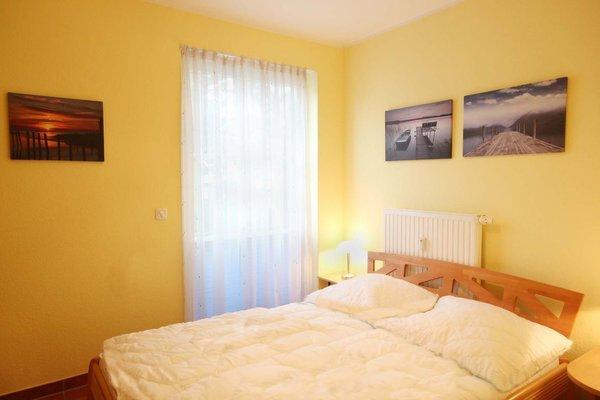 2. Schlafzimmer mit schmälerem Doppelbett 1,40 m breit