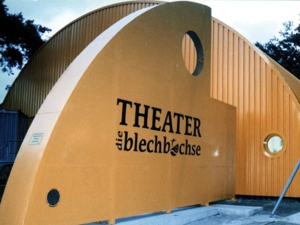 """Theater """"Blechbüchse"""" in Zinnowitz"""