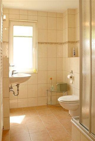 Bad mit Dusche /WC