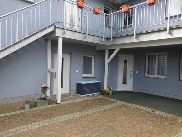 Eingänge zu den Ferienwohnungen (Erdgeschoss)