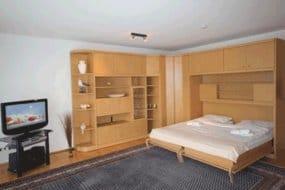 Schlafbereich mit komfortablem Schrankbett