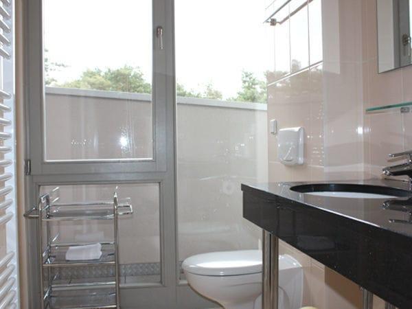 2. kleine Badezimmer