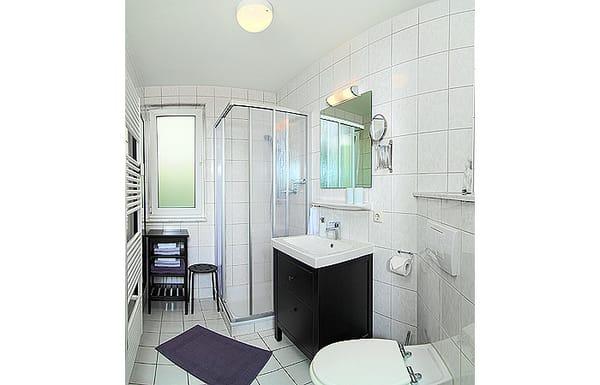 Tageslichtbad mit DU/WC