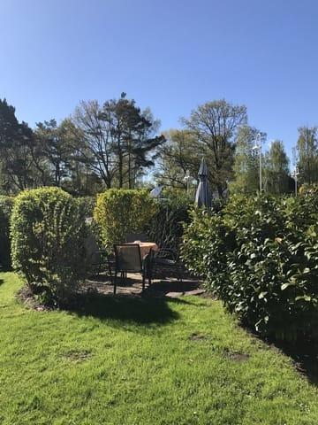 Sitzecke und Garten
