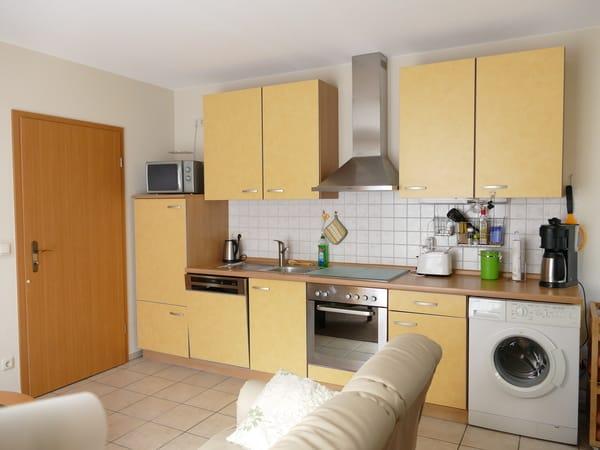 Voll ausgestattete Küche u.a.mit GS, Backofen, Ceranfeld, ausreichend Küchengeräten