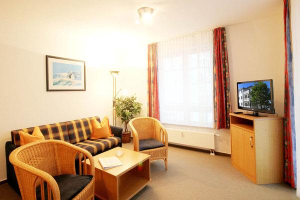 Wohnzimmer (Bild 2)