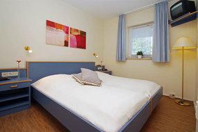180 x 200 cm breites Bett