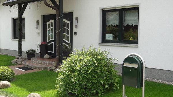 Eingang Haus OF
