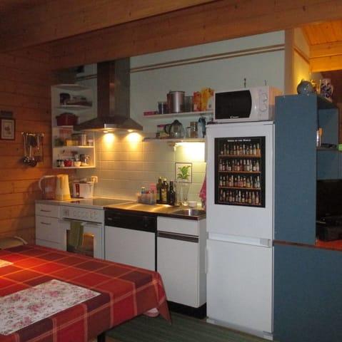 Die Küchenzeile...kochen, backen, braten!