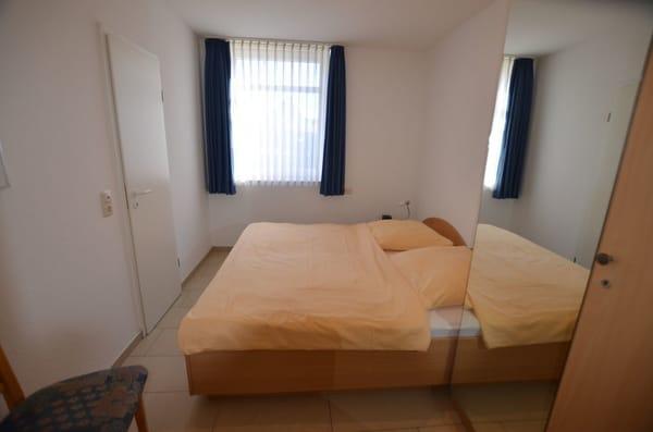 Schlafzimmer I mit Doppelbett