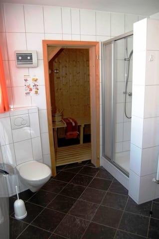 Bad DG mit Sauna
