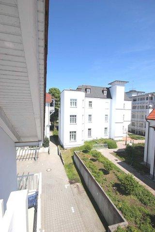 Blick vom Ost-Balkon