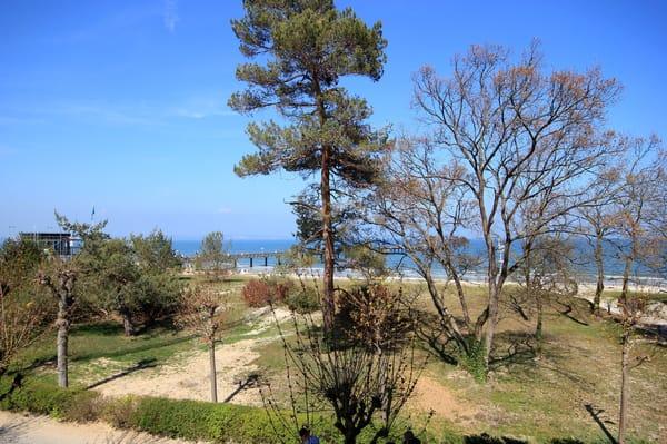 Ihre Meerblick-Ferienwohnung 205RB4 befindet sich im 1. Obergeschoss der Villa Strandblick.