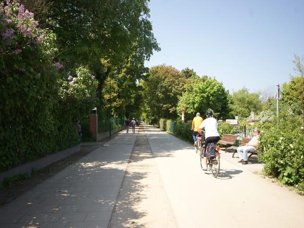 Fahrradwege - unser Haus verfügt über eine Fahrradgarage
