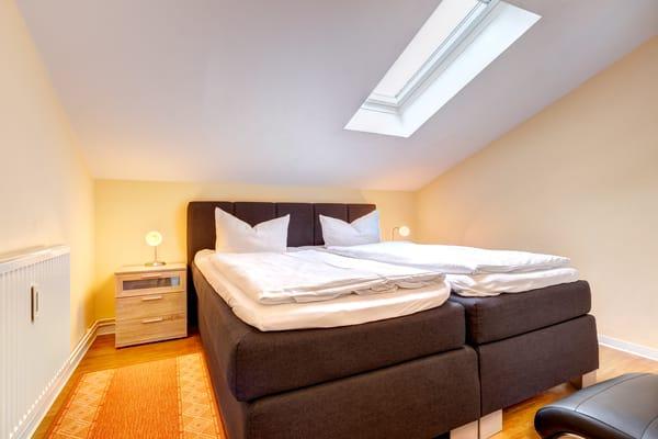 Schlafzimmer II mit Doppelbett