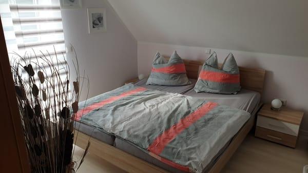 Schlafen 1 / Doppelbett