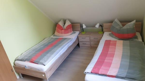 Schlafen 2 / Einzelbetten / Dachgeschoss