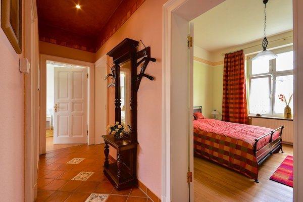 Bad, Flur, Küche verfügen über Fußbodenheizung.