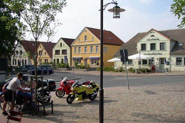 Der Marktplatz von Gingst