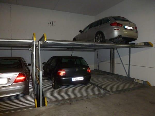 Stellplatz 105 in der Tiefgarage, max. Fahrzeughöhe 1,80 m
