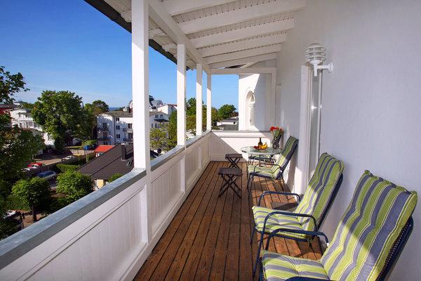 Riesiger, sonniger West-Balkon (16 m²)