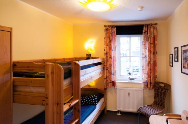 Das zweite Schlafzimmer mit Etagenbetten
