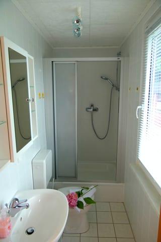 Beispiel 2 Duschbad