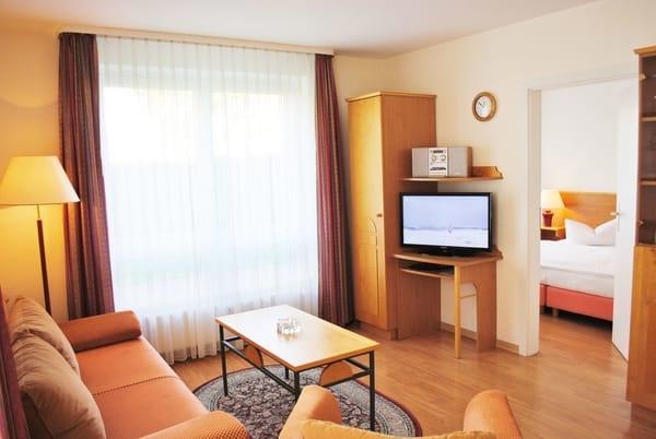 Wohnraum mit LCD-TV, Radio, CD/DVD, WLAN inkl.