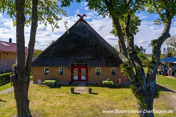Dierhäger Bauernhaus * Besuchen Sie auch unsere Homepage www.bauernhaus-dierhagen.de *