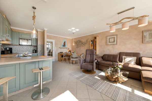 """Herzlich willkommen in der """"Luxuskoje 20""""! Die Wohnung ist im Winter 16/17 komplett saniert und neu möbliert worden."""