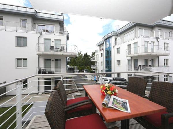 Balkon mit Blick Richtung Maxim-Gorki-Str.
