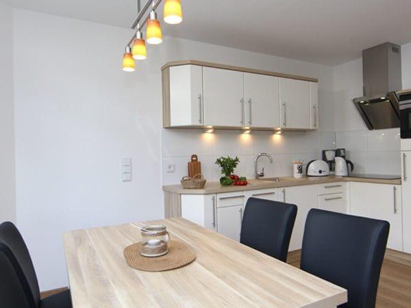 Küchen-/ Essbereich