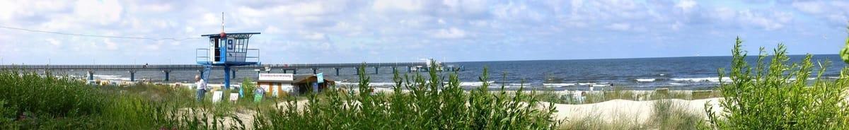 Blick über die Dünen auf den Bansiner Strand