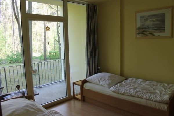 """""""Kinderzimmer"""" mit Balkon."""