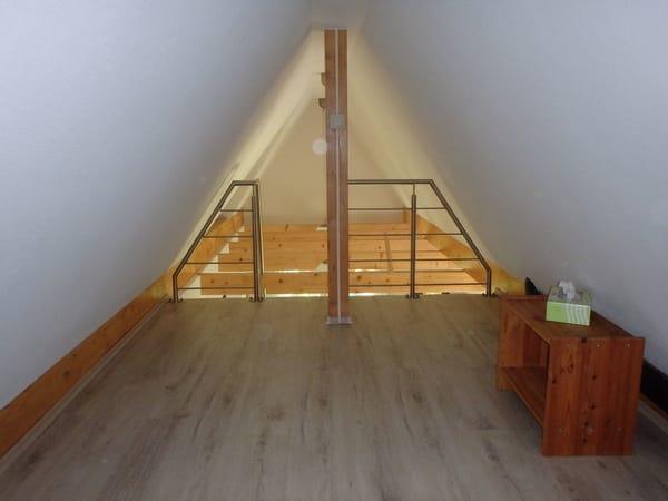 Treppe/Geländer zum Schlafboden
