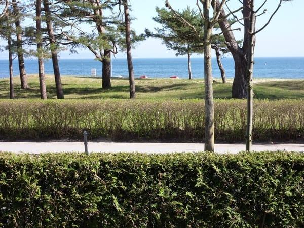 Der Blick auf die Ostsee vom Balkon