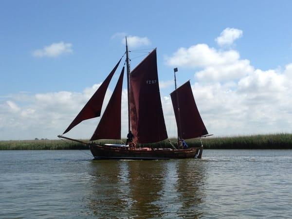 ein Zeesenboot auf plattdeutsch 'Zeesboot'