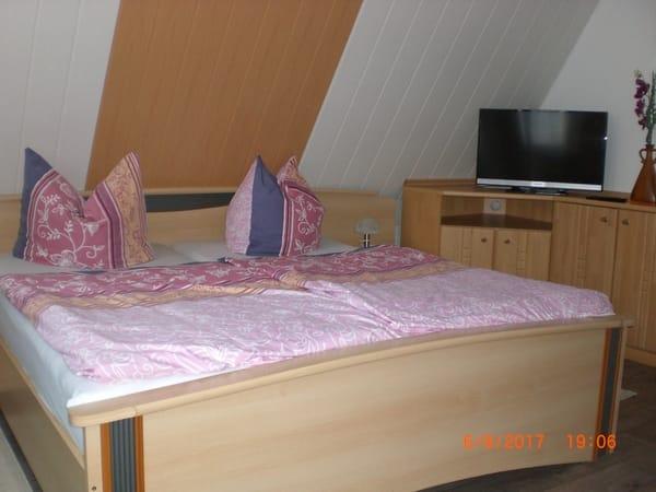 Bett im 1 Zimmer