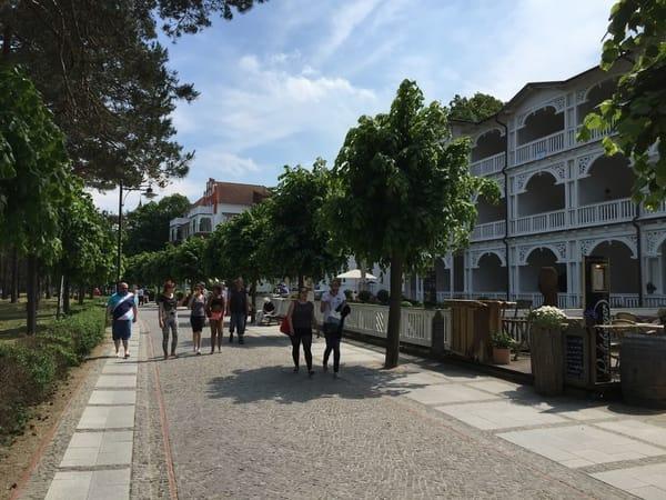 Die Strandpromenade Richtung Zentrum