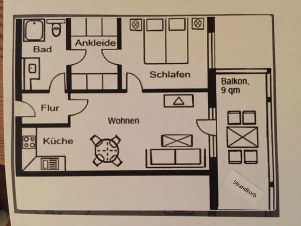 Grundriss der Wohung; zwischen Bad und Schlafzimmer befindet sich ein geräumiger Ankleideraum mit Schränken
