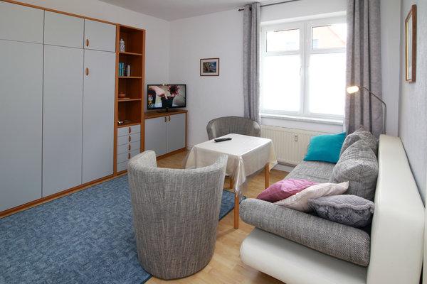 kombiniertes Wohn-Schlafzimmer