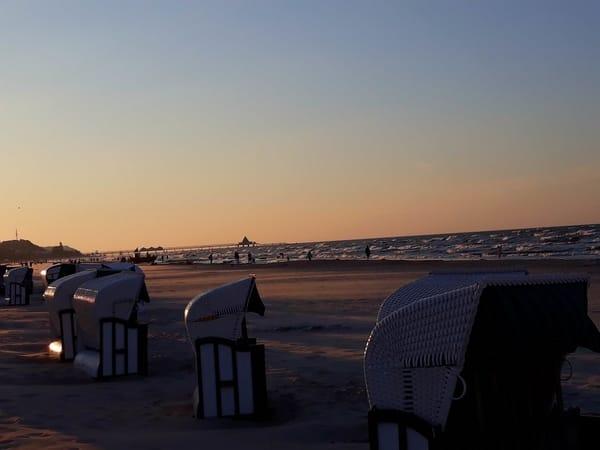 Abenddämmerung am Strand