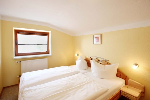 Schlafzimmer 2 (Bild 2)