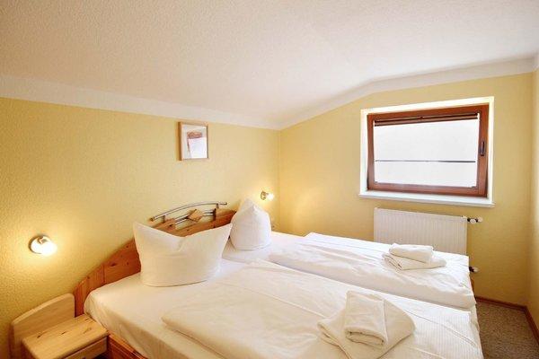 Schlafzimmer 1 (Bild 2)